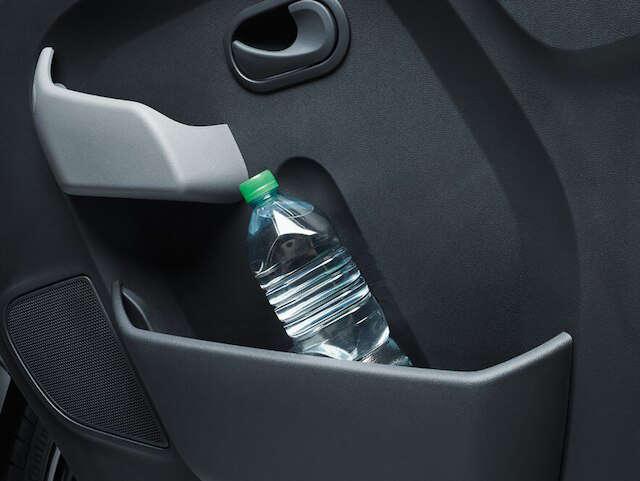 Opel, Movano, універсальність, кишені у дверях