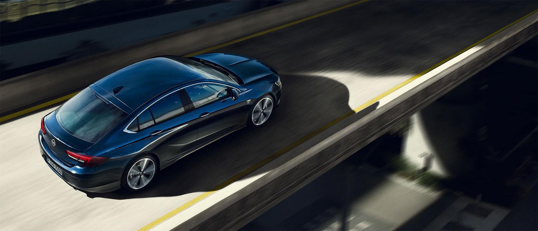 Програма технічної допомоги вдорозі Opel Assistance